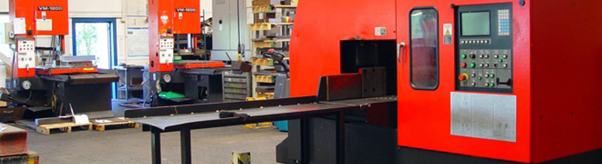 RSB-Stahl-Fertigungsleistungen-Maschinenbau_Werkzeugbau-Saegebetrieb-1